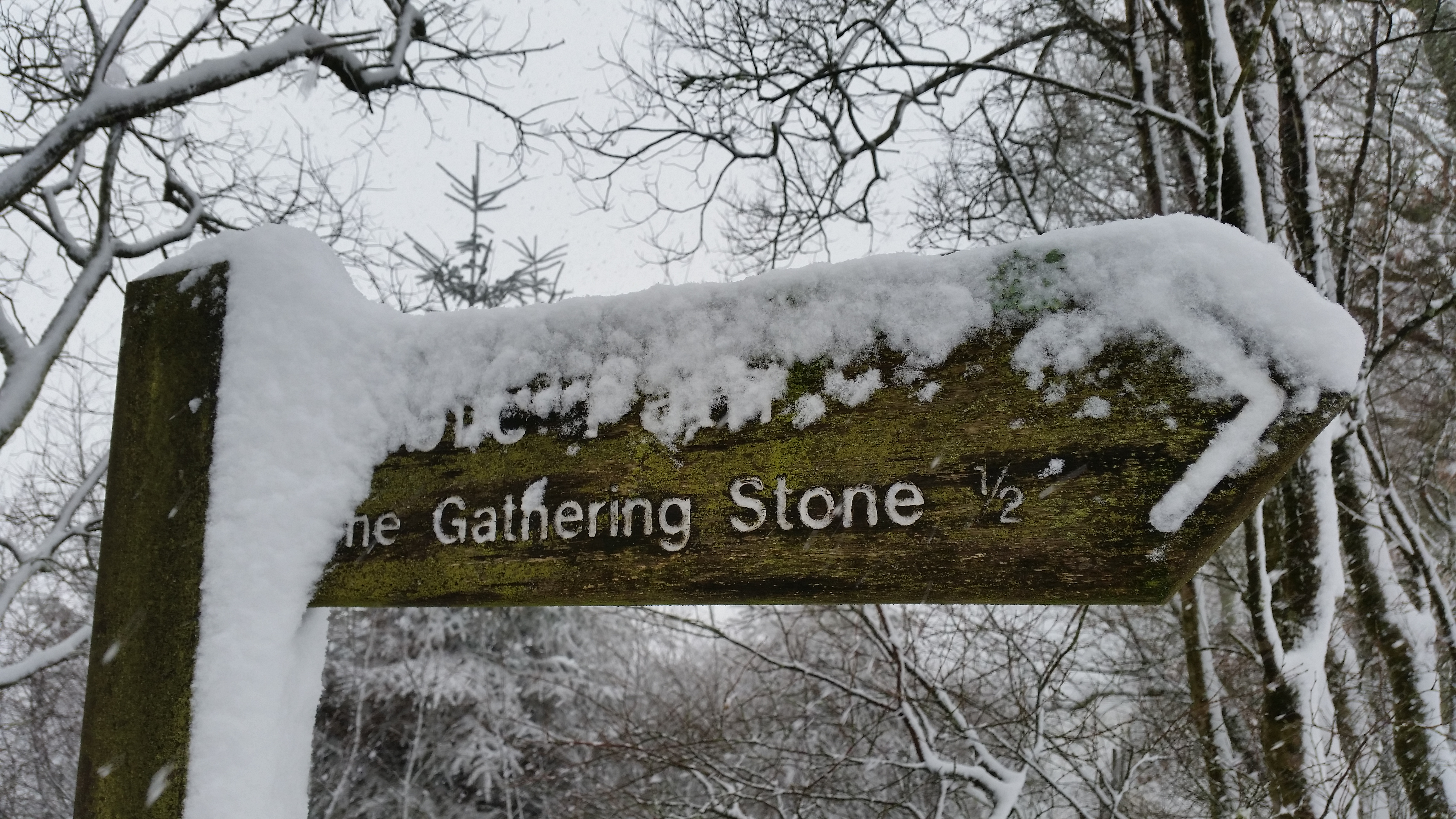 Gatheringstonesign