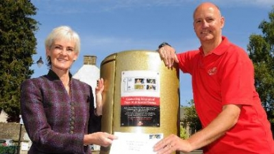 Andy's Postbox gets new plaque